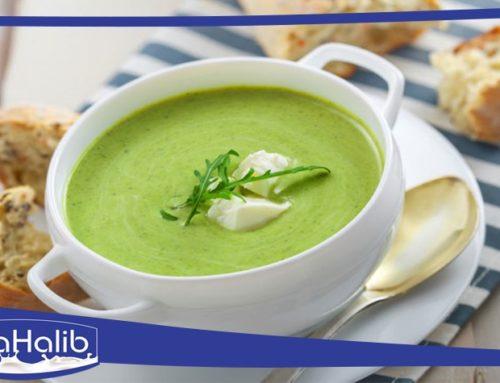 حساء أو شوربة الكوسة – الكرعة الخضراء بالمغربية